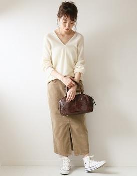 コーデユロイタイトスカート1.jpg