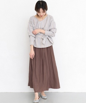 サテン消しプリーツスカート3.jpg
