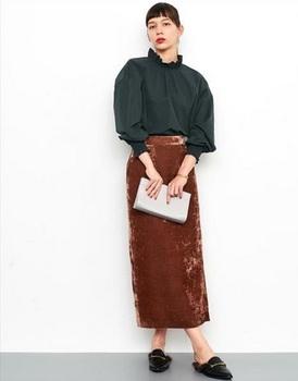 ベロアタイトスカート1.jpg