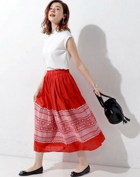 刺繍スカート4.jpg